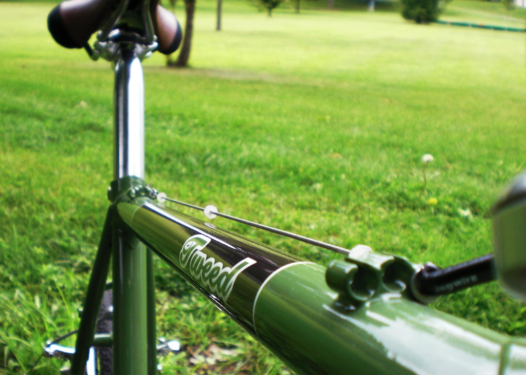 Tweed Top Tube runs 01