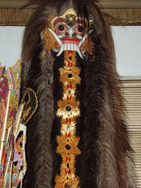 200907100223_Bali-art-festival-mask