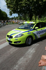 Liquigas head for the feed zone