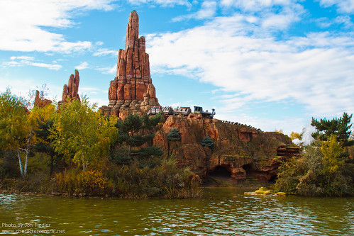 DLP Halloween 2010 - Big Thunder Mountain Railroad