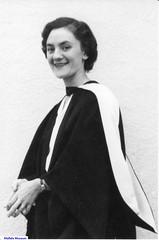 Dr Jeanette Linn
