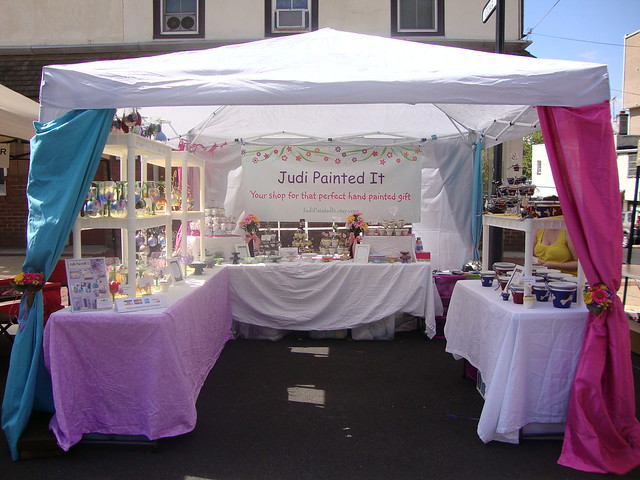 Craft Show Display Tents http://www.flickr.com/photos/37765537@N06/3991644456/