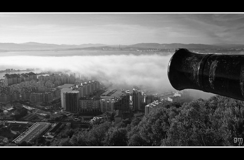 city sea urban bw panorama cloud white black byn blanco monochrome fog marina canon buildings landscape bay mar airport andalucía edificios mediterranean tyson view wind negro shoreline ciudad viento panoramic shore naturereserve lee cadiz vista urbano andalusia provincia holmes gibraltar cádiz niebla nube province sanroque mediterráneo algeciras rockofgibraltar orilla cañón bahía levante campodegibraltar levanter losbarrios the4elements reservanatural lalíneadelaconcepción peñóndegibraltar upperrock bayofgibraltar princesscarolinesbattery gibmetal77 bahíadegibraltar