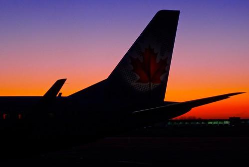 ontario canada dawn ottawa earlymorning airports daybreak tailfin aircanada anawesomeshot digitalagent kenyuel jazzflights