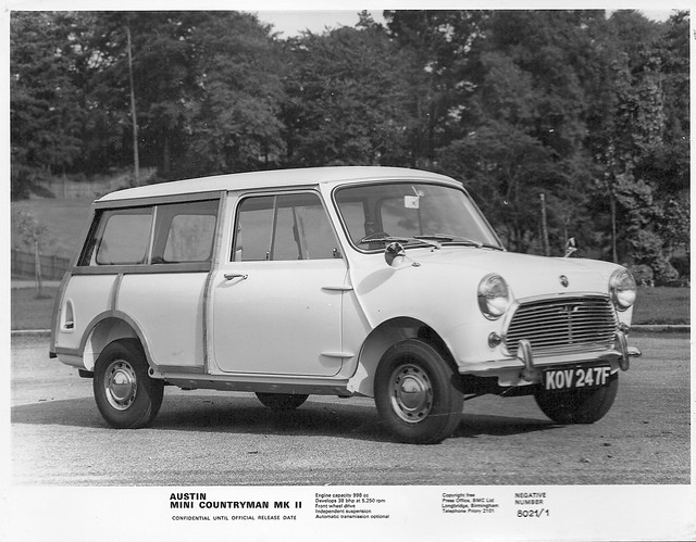 1968 austin mini countryman mk ii this is an official. Black Bedroom Furniture Sets. Home Design Ideas