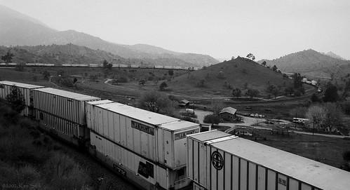 california mountains canon outdoors socal transportation canondslr tehachapi bnsf locomotives railroads movingtrains alltypesoftransport kenszok