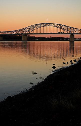 park bridge sunset sun color sunrise reflections river dark washington nikon shadows columbia columbiariver richland kennewick pasco bluebridge sillouhette d300 tricities