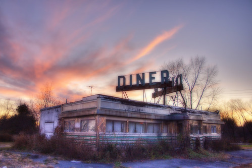 Abandoned Diner by christopherskillman