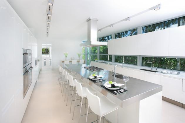 Mutfak dekorasyon rnekleri kad nlar kul b for Large modern kitchen designs