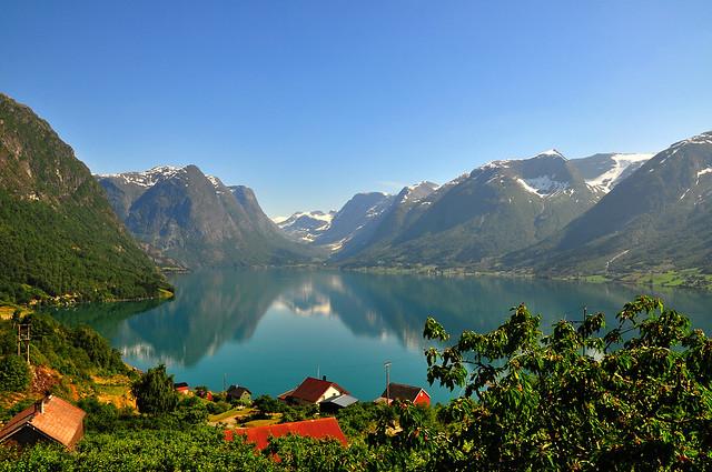 Flo, Nordfjord