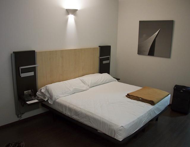 wandgestaltung mit bildern einrichtungstipps und wanddeko ideen. Black Bedroom Furniture Sets. Home Design Ideas