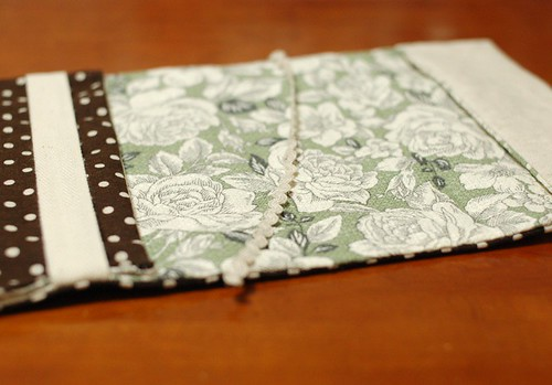 Adjustable Book Cover Pattern ~ Mairuru how to make a paperback cover