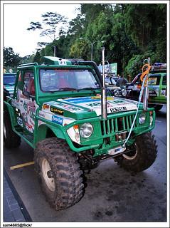 Borneo Safari 2009 Flag off - Suzuki 4x4 SJ