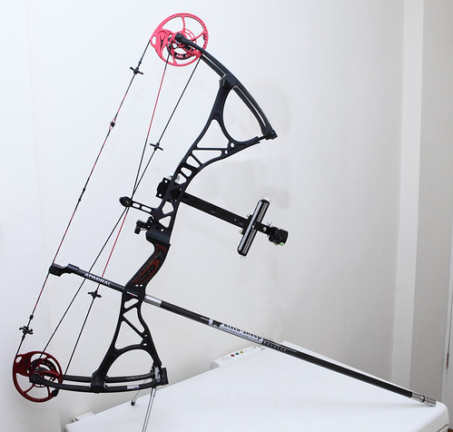 "Bowtech ""Admiral"" Compound Bow"