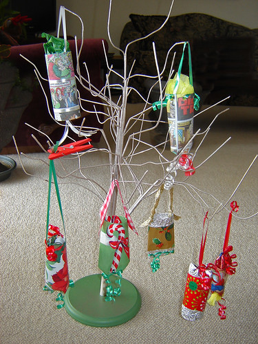Cardboard Tube Ornament Gift Holders ~ 1 of 9 photos