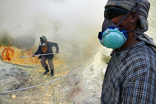 Workers - Kawah Ijen
