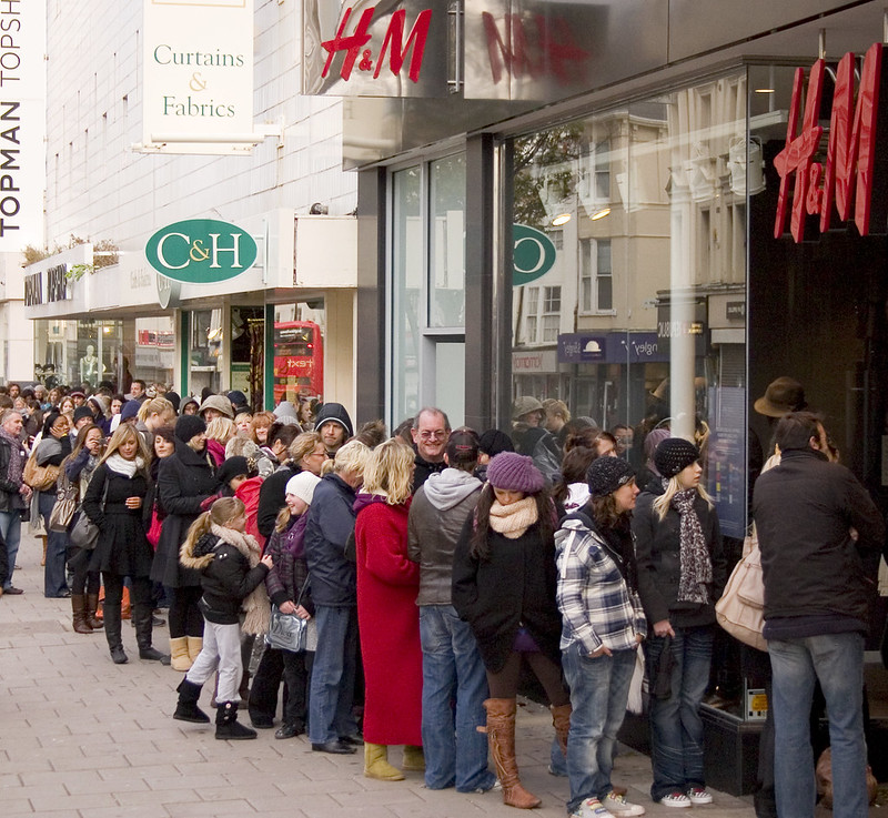 Jimmy Choo Mania at H&M!