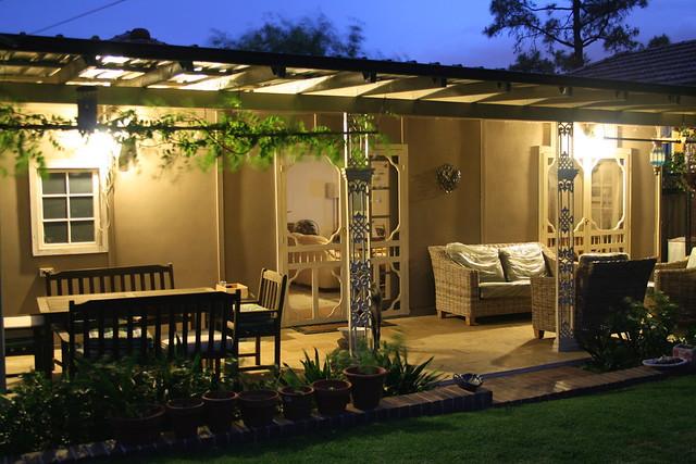Back Verandah Dinning Lounge