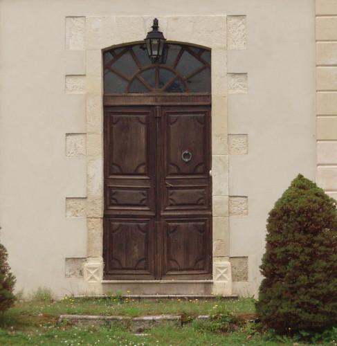 Bastennes (40), porte du château