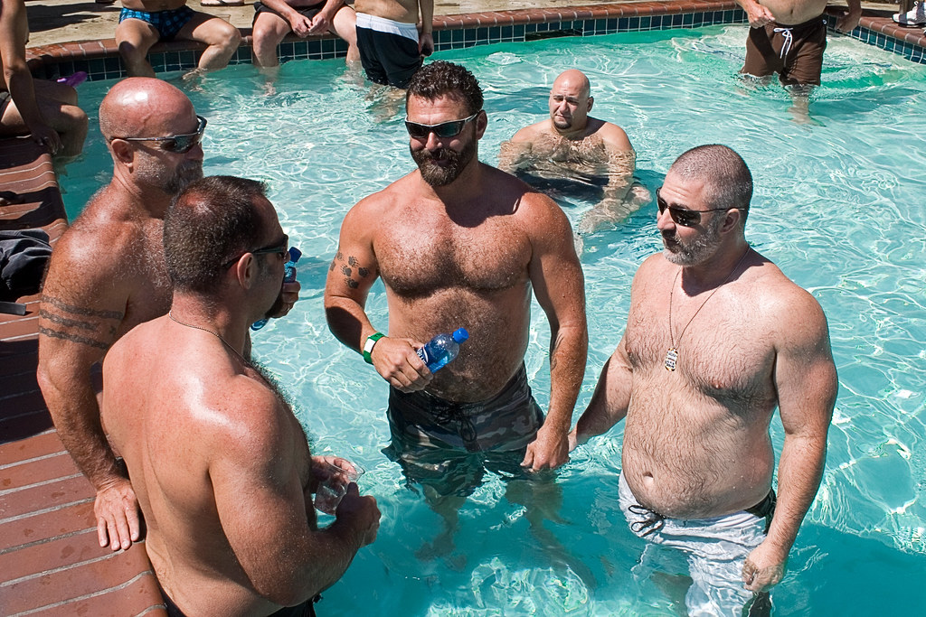 guerneville guys On friday september 14, dozens of gay men will converge upon guerneville for river raid 2018, a weekend of partying by the russian river book your rooms and tickets now, because no one wants to be stuck in the fog while all the guys are at the river.