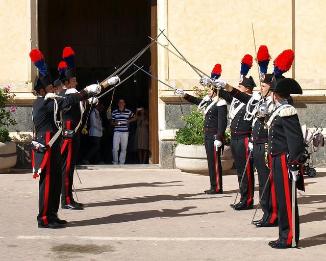 Matrimonio In Alta Uniforme : Matrimonio in alta uniforme dei carabinieri flickr
