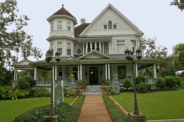 Mcfarlin house 1895 flickr photo sharing for Free house photos