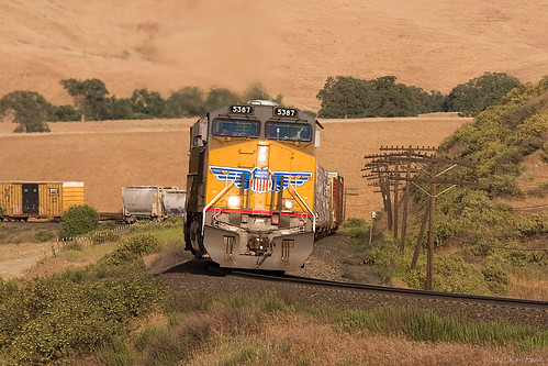 california canon outdoors socal transportation unionpacific canondslr tehachapi locomotives railroads canon70200f4l alltrains alltypesoftransport kenszok