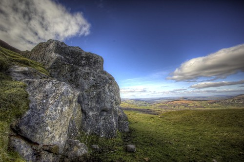 uk sky cloud sun mountain nature rock wales canon landscape high day view dynamic angle wide moors range hdr gwent density hoya powys neutral llangynidr 550d