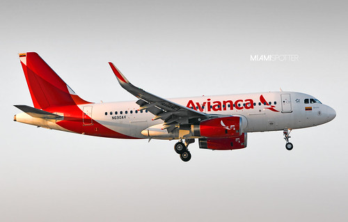 Avianca Colombia's first A319 with chocolates... I mean sharklets! Previous A319W delivered to AV belong to the Central American ex-TACA division, and N690AV is the first one to carry the Colombian flag. Seen here arriving as AV004 from Bogota