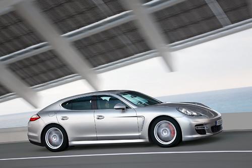 Porsche 2009 Panamera (24)
