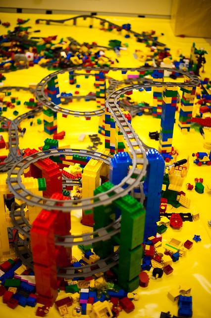 Le coin LEGO, un détour obligé. Photo par foxgrrl, CC-by-BC-SA