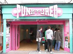 Punktured shop