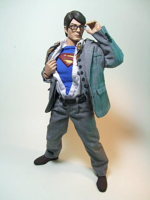Hot Toys Clark Kent 87