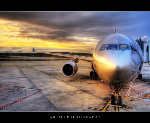 The Red Eye Flight :: HDR