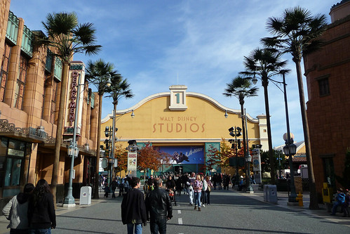 Looking up Hollywood Boulevard towards Disney Studio 1