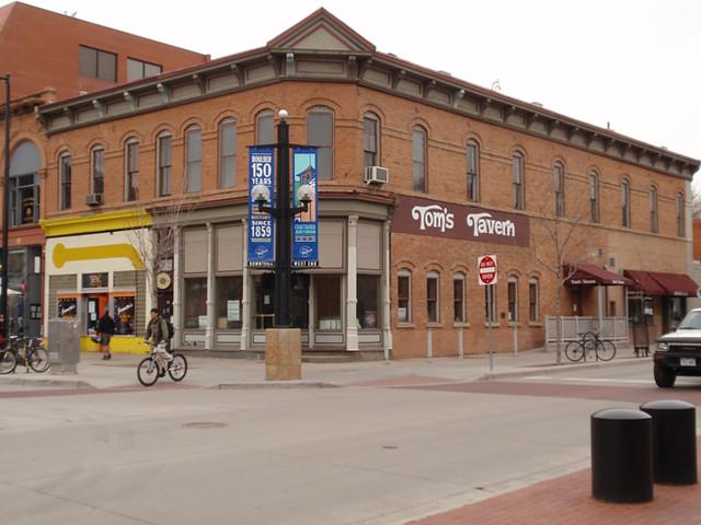 1045 Pearl Street