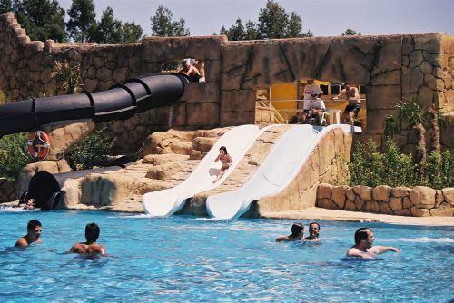 Parque acu tico seg briga park viajes con peques for Piscina segorbe