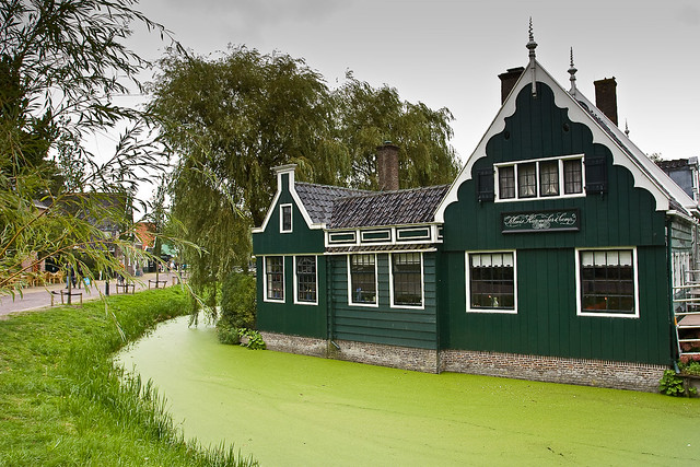 House With A Moat Explore Jarod Carruthers 39 Photos On