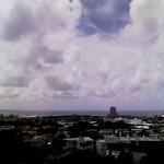 謝苅公園から 津波注意報のためランチを兼ねて高台に避難。 まあ西海岸だし津波は来ないと思うけど・・・