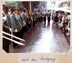 1965 Nach dem Kirchgang