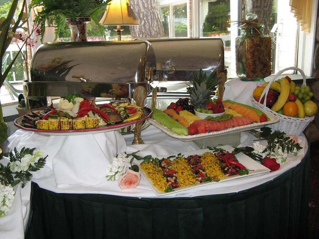 Setting Up A Buffet Table OriginalHolidaysatHomeFoodTable - Catering buffet table setup