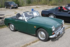 datsun roadster(0.0), sunbeam tiger(0.0), automobile(1.0), vehicle(1.0), mg midget(1.0), antique car(1.0), austin-healey sprite(1.0), classic car(1.0), land vehicle(1.0), convertible(1.0), sports car(1.0),