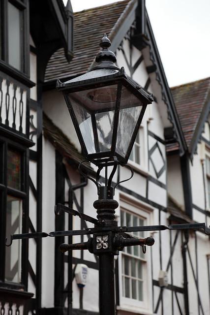 Tudor Lamp