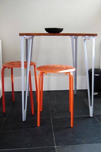 Kitchen Nook - Table & Stools