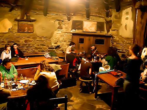 Música na Casa de Lamas (Canteixeira, Balboa - El Bierzo, León)