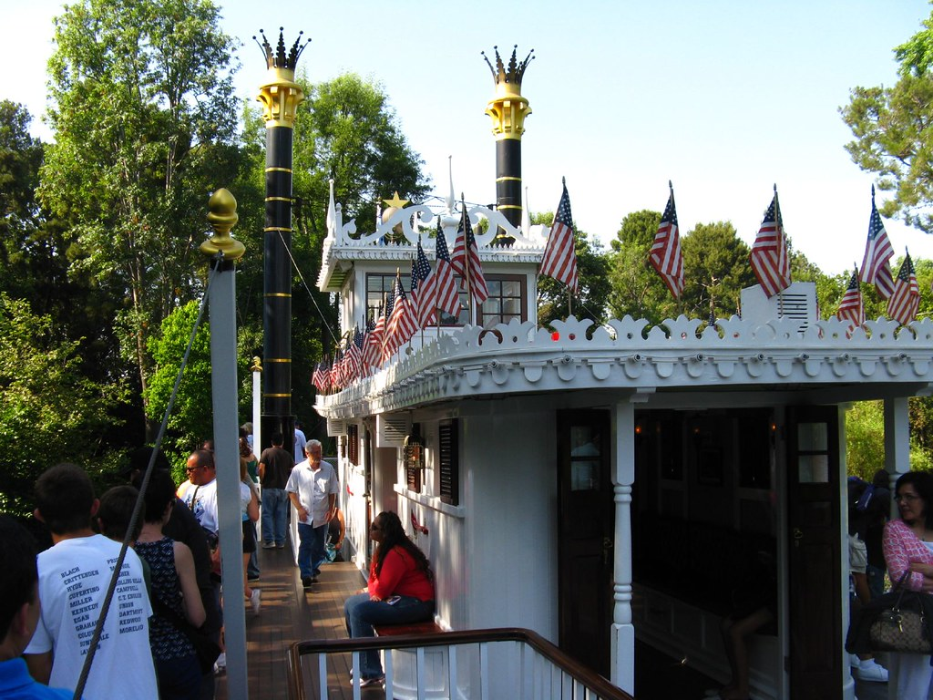 Mark Twain Riverboat - Disneyland