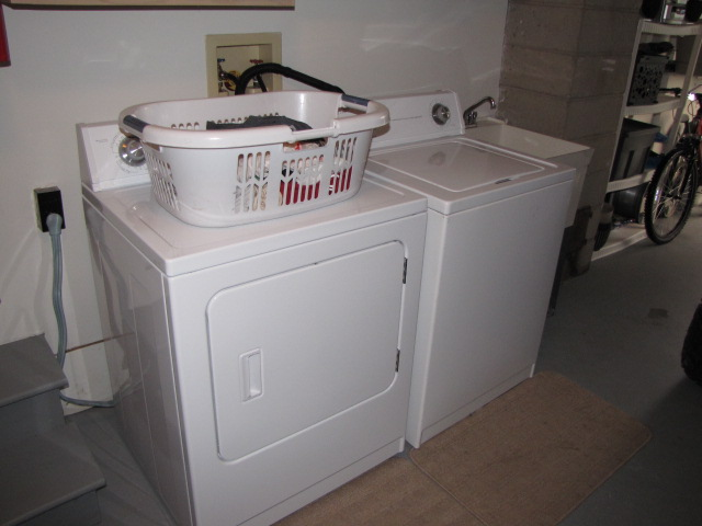 dent and scratch washer and dryer