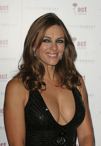 Liz Hurley photo