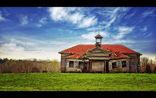 wood old school house green abandoned broken grass rural vintage post decay south rustic down olympus historic explore carolina torn prairie process friday schoolhouse frontpage edit e510 nonhdr evanleavitt isayx3 weeathered