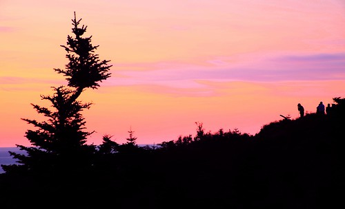 morning travel pink light red summer vacation sky orange sun color nature colors sunrise landscape dawn nationalpark twilight colorful colours purple maine dream newengland surreal explore summit dreamy 旅游 sihouette acadia goldenhour daybreak mountdesertisland cadillacmountain firstlight sihouettes acadianationalpark mtdesertisland 國家公園 美国 jiangning mountainpeak 10faves 20faves 8610 25faves humanandnature exploed 国家公园 美国国家公园 缅因 美国旅游 americasfirstlight